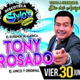 Tony Rosado en concierto